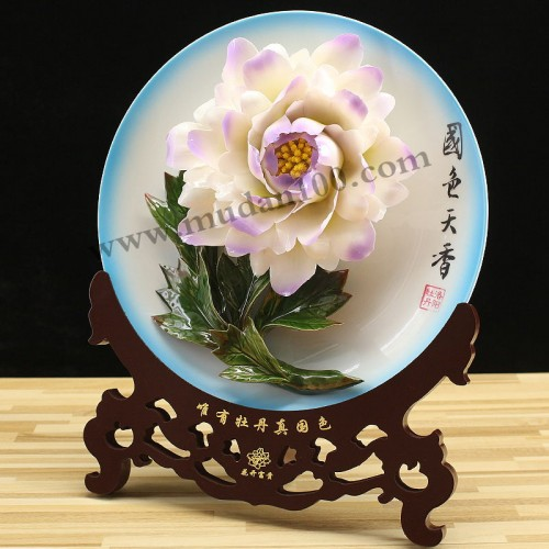 紫蝶白牡丹侧面