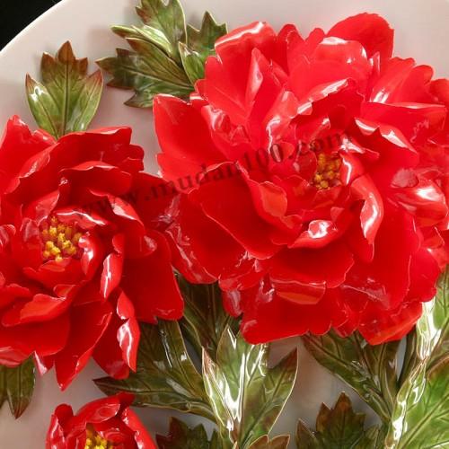 晨红牡丹瓷细节