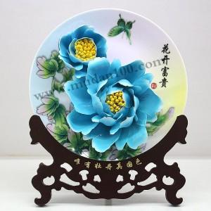 比较实用的礼品蓝田玉牡丹瓷