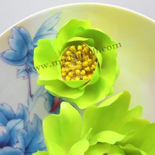 豆绿牡丹瓷细节