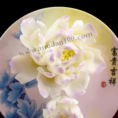 玉楼点紫牡丹瓷细节
