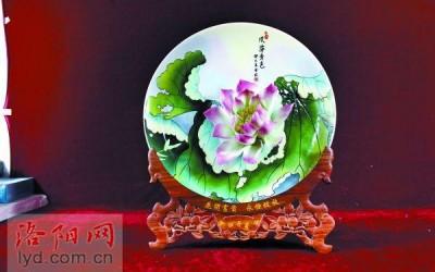 """牡丹瓷为什么会被称为""""国礼""""?"""