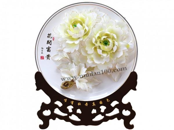 送客户什么礼品好?首选洛阳特色礼品描金牡丹瓷